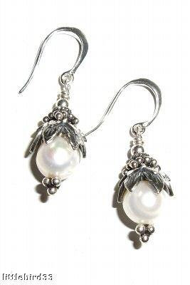 Pearl Drop Earings