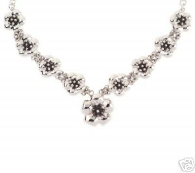 Necklace in Bloom