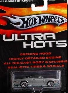 Hot Wheels 69 Dodge Charger ULTRA HOTS Metallic Silver Paint Black Top