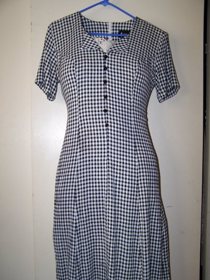 Fun and fanciful black & white checkered dress
