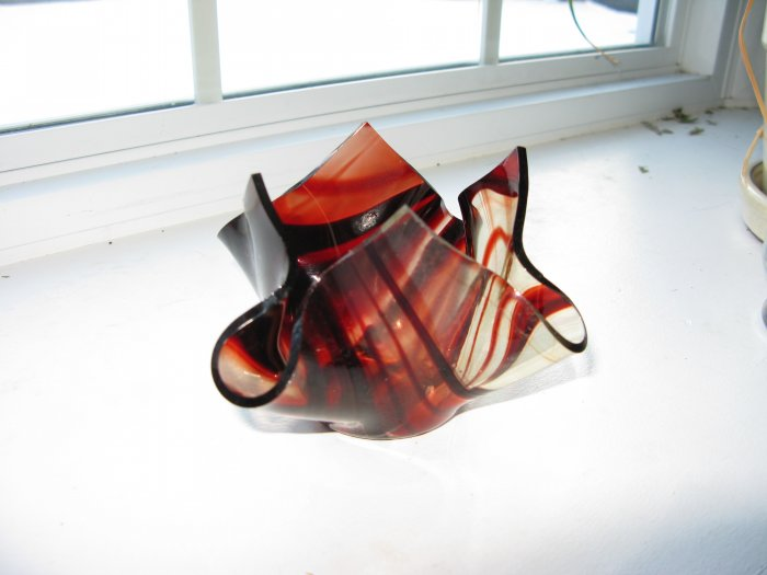 Red Flame: votive candle holder