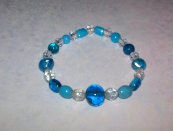 Blue glass bead stretch bracelet