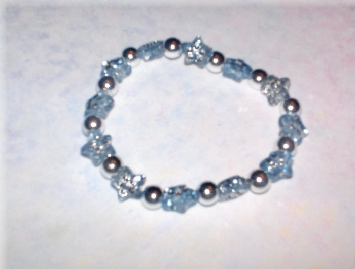 kids stretch bracelet with plastic star beads *clearance*