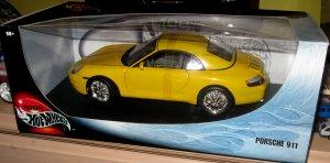 Hot Wheels 100% Porsche 911 1/18