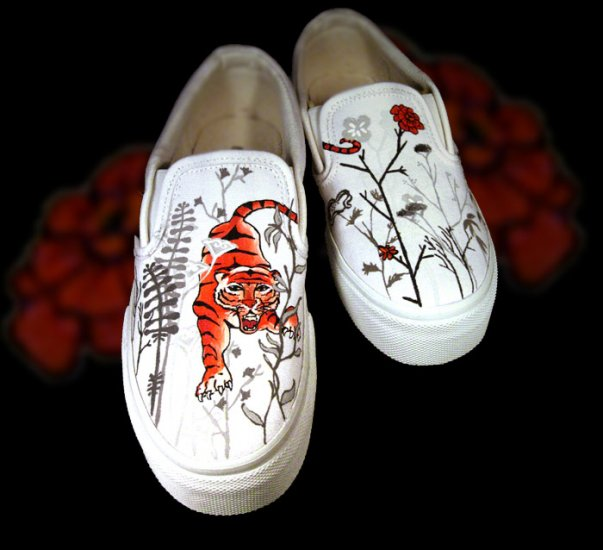 Custom Hand Painted Vans Shoes *Women Sizes* /// Panthera Tigris by Yourkicks.com