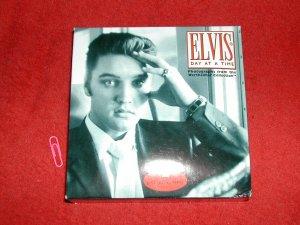 ELVIS PRESLEY DAY AT A TIME CALENDAR-2001