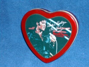 HEART- SHAPED STOVER ELVIS PRESLEY CANDY TIN
