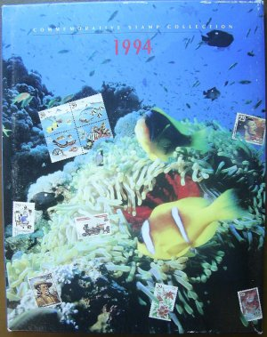 1994 USPS Commemorative Album with COMPLETE SET of MNH Stamps E1552,US01