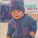 PATONS GIGGLE KNITS FOR BABIES & TODDLERS #927 UNISEX 3 MONTHS TO 2 YEARS KIDS
