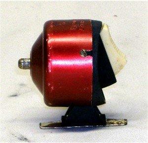 Vintage Bronson Comet 907 Spin Casting Reel