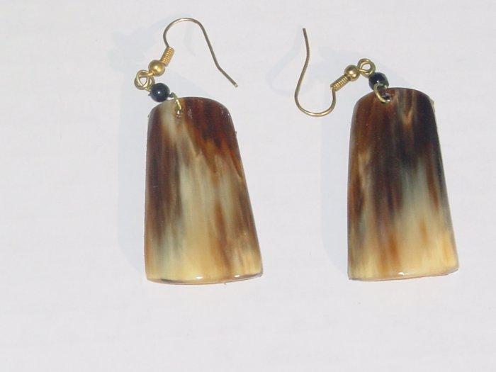 Handmade Shell Earrings- Lioness