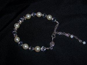 White Pearls and Swarovski Crystal Bracelet