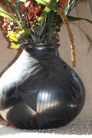 Marta Ortiz Black Pottery