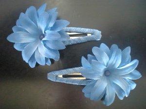 Angela's Accessories Blue Flower Clips