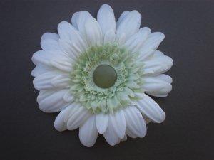 Angela's Accessories Cream Flower Clip