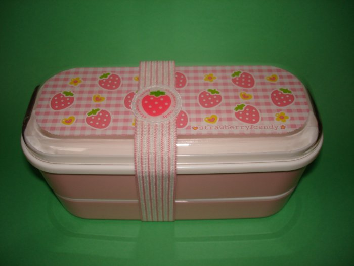 Strawberry Candy 2 Tier Bento Box, no belt included