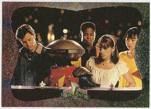 Power Rangers Series 2 #95 Power Foil Card Crisis Situation