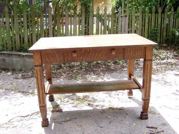 Puitan solid oak library desk...KILLER 1/4 sawn throughout