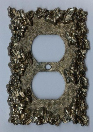 Vintage Metal Electrical Outlet Plate American Tack & Hardware Co Goldtone 1968 No 750 Flowers