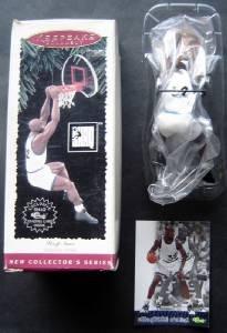 1995 Hallmark Keepsake Ornament  Shaquille O'Neal  Orlando Magic with Card