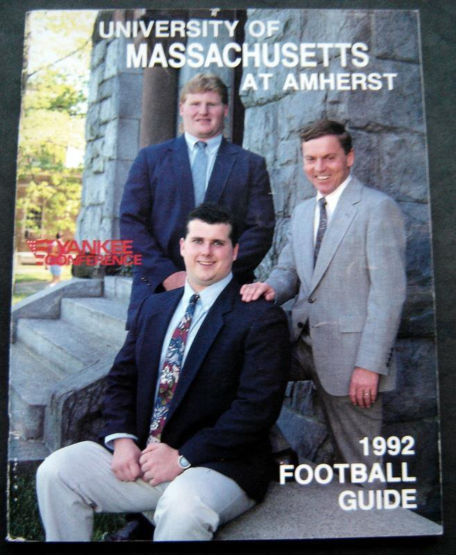 Universiry of Massachusetts UMASS at Amherst 1992 Football Guide Yankee Conf