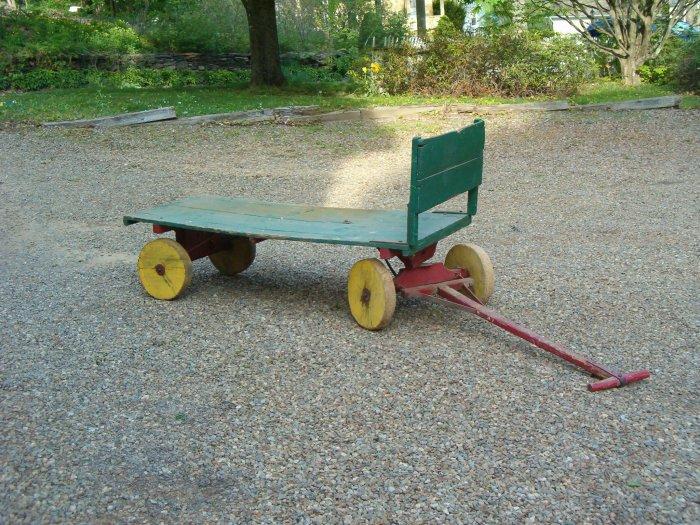 Vintage/Antique Circus Wagon