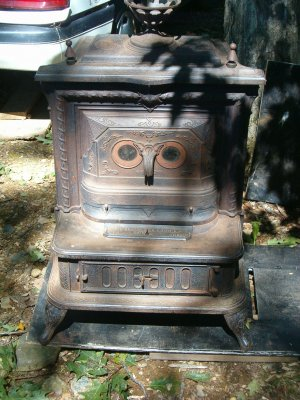 Smith & Anthony Coal Stove