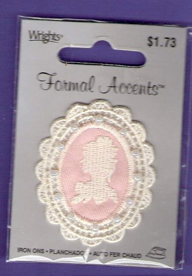 Pink cameo and pearl applique Wrights MIP