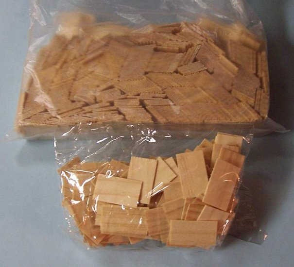 Dollhouse wooden shingles for 17x24 house