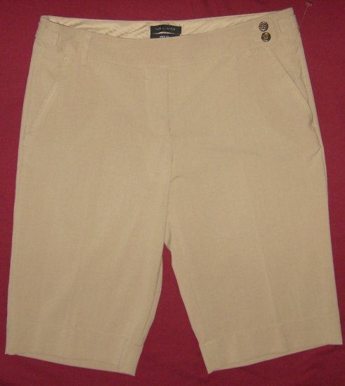 NWOT The Limited Brand New Khaki Bermuda Shorts 8