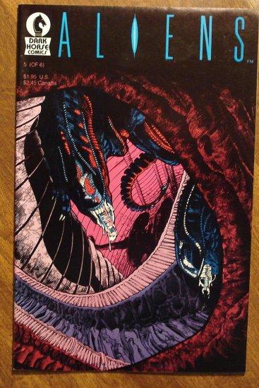 Aliens #5 comic book - Dark Horse Comics