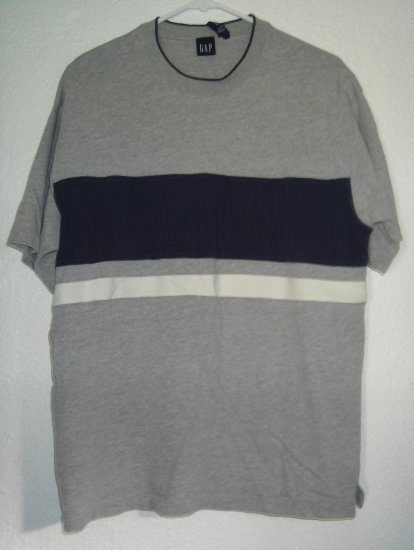 GAP shirt sz Small 00150