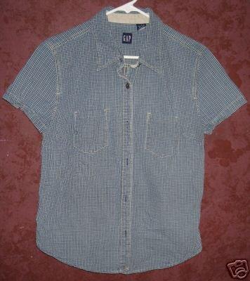 GAP button front shirt sz Large 00574