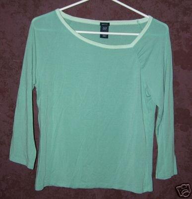 GAP stretch shirt sz Medium 00583