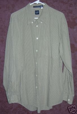 GAP button up front shirt sz XL 00585