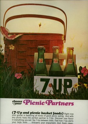Vintage 1965 7Up 6 pack Soda Picnic Partners AD