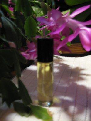 Honeysuckle Fragrance Oil - 1/3 oz roll-on bottle