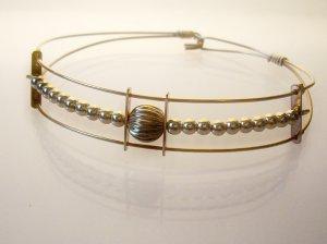 GF Wire Bracelet- Round Charm