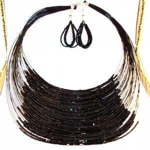 Fashion Necklace Set - Black Threaded