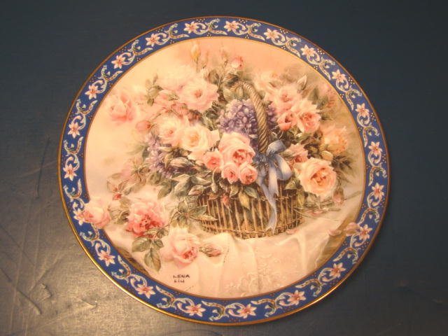 LENA LIU ROSES BASKET BOUQUETS PLATE W. L. or W. S. GEORGE 1992 FLOWERS FIRST ISSUE PORCELAIN CHINA