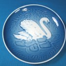 1976 Mother's Day B&G Bing and Grondahl Mors Dag 8th plate Copenhagen Denmark blue white swan
