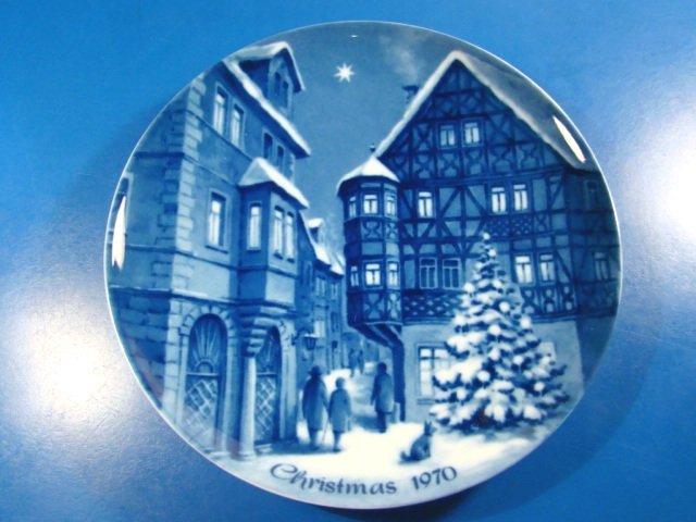 Genuine Blue China Berlin design plate German Christmas in Bernkastel 1970 West Germany village