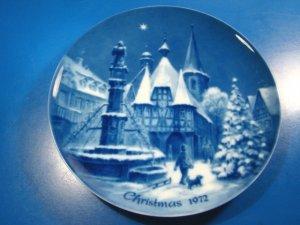 Christmas Eve in Michelstadt Genuine Blue China Berlin design plate German 1972 West Germany