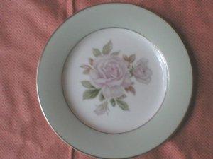 Noritake Cascade bread & butter Pie Plate Cascade 5321 Pretty Pink Rose green border