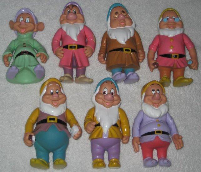 SOLD Seven Dwarfs Plas...