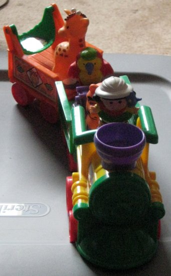 Fisher Price Little People Musical Zoo Train 77948 FP 2001 2002 COMPLETE