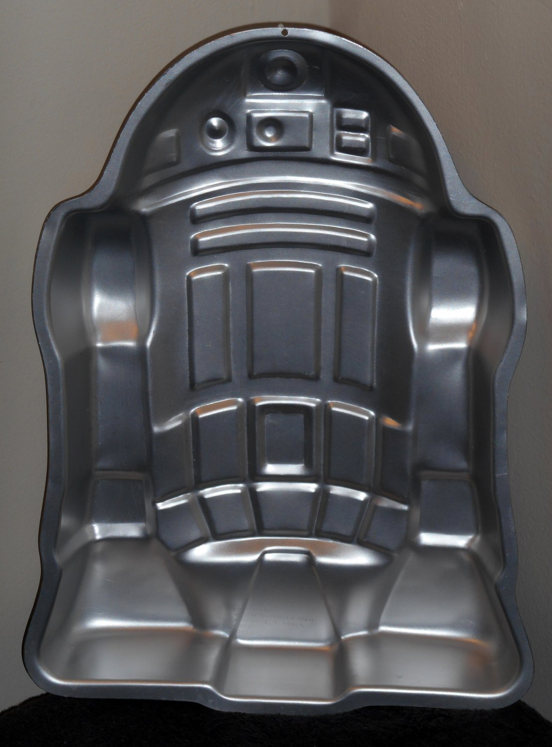 Sold Out Wilton Aluminum Cake Pan Star Wars R2 D2 Droid