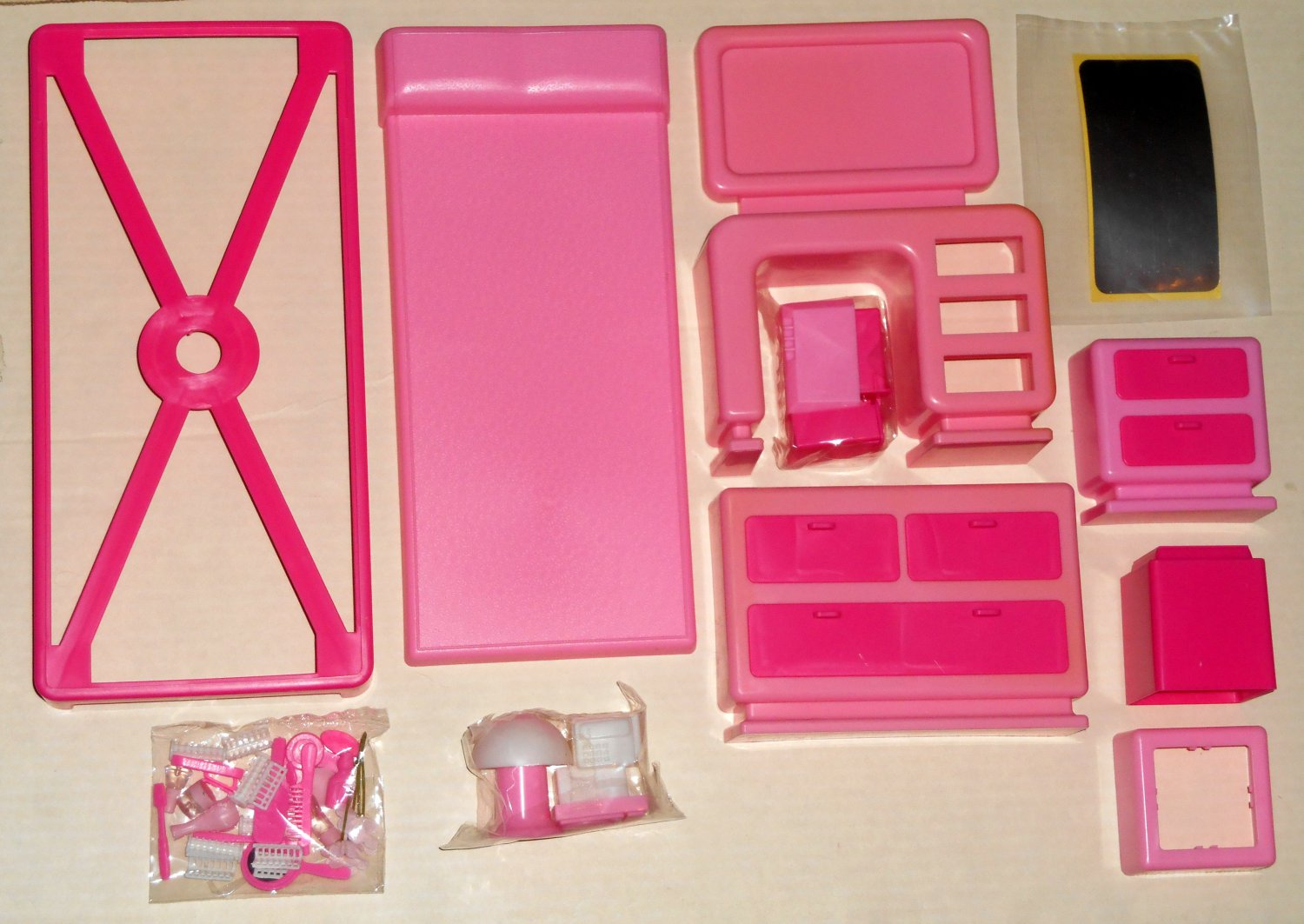 Arco Fashion Doll Bedroom Play Set Unused 7693 For Use With Barbie U0026 Other  8½   11½ Dolls