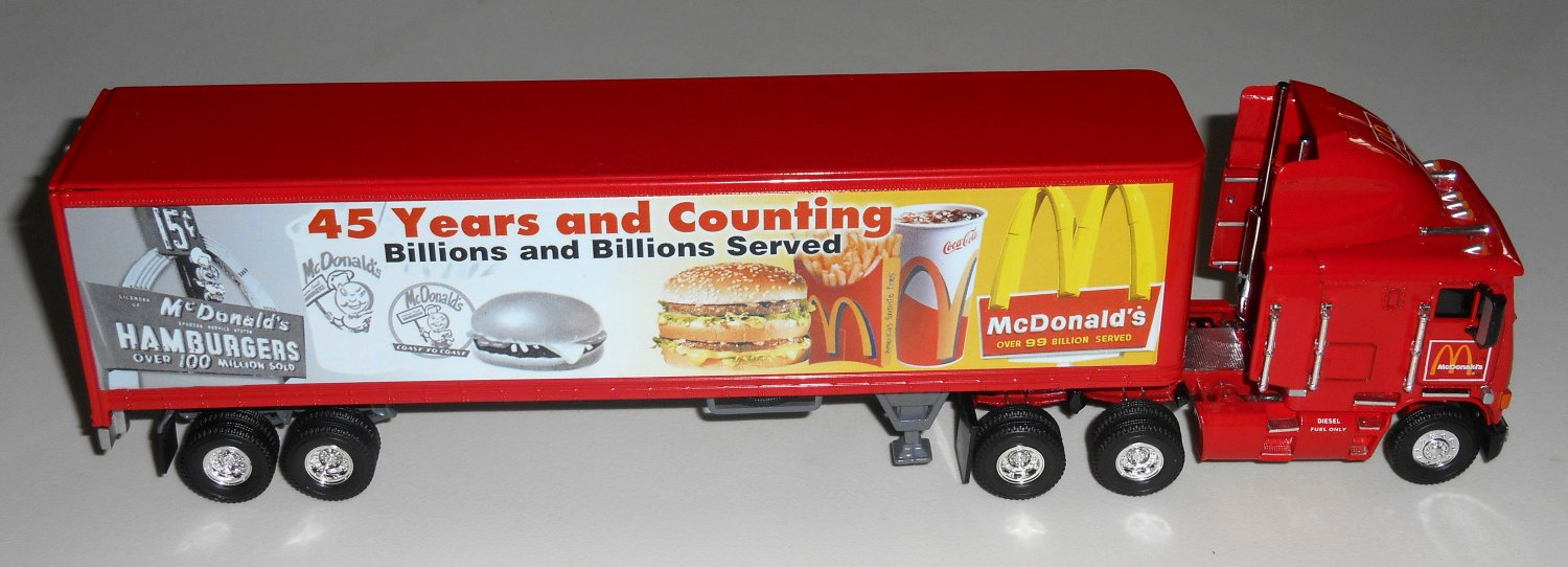 Matchbox Collectibles Die-Cast McDonald's 45th Anniversary Freightliner Tractor Trailer DYM38314