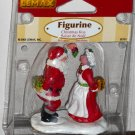 Lemax Christmas Village Accessory 52151 Santa and Mrs Claus Kiss Mistletoe Polyresin Figurine 2005